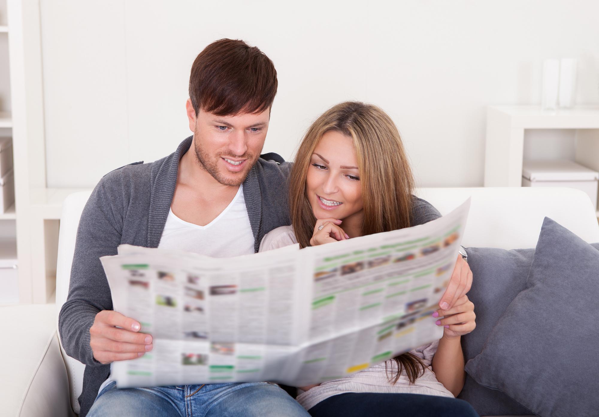 maak je eigen huwelijkskrant uitnodiging - Happiedays