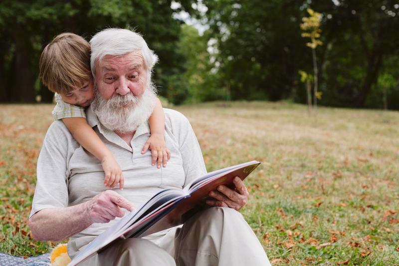 Maak een zelfgemaaket krant voor je grootouders - Happiedays